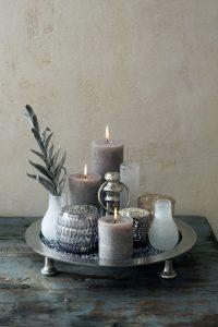 6af5bd109062b24fb09cfd72b54afbc3-cozy-living-decorating-trays-coffee-table