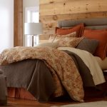 warm-and-inviting-bedroom-decorating-ideas-12